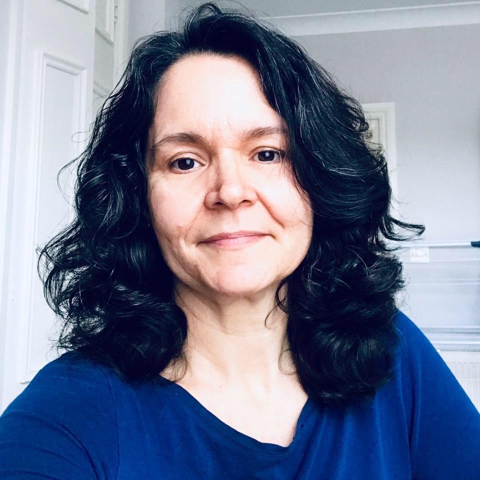 Fausta Cristina Reis, da Inglaterra, para a Revista Autismo