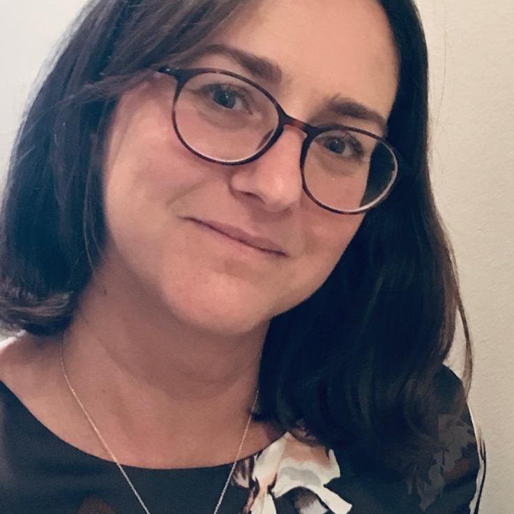 Rachel Botelhos, dos Estados Unidos, para a Revista Autismo
