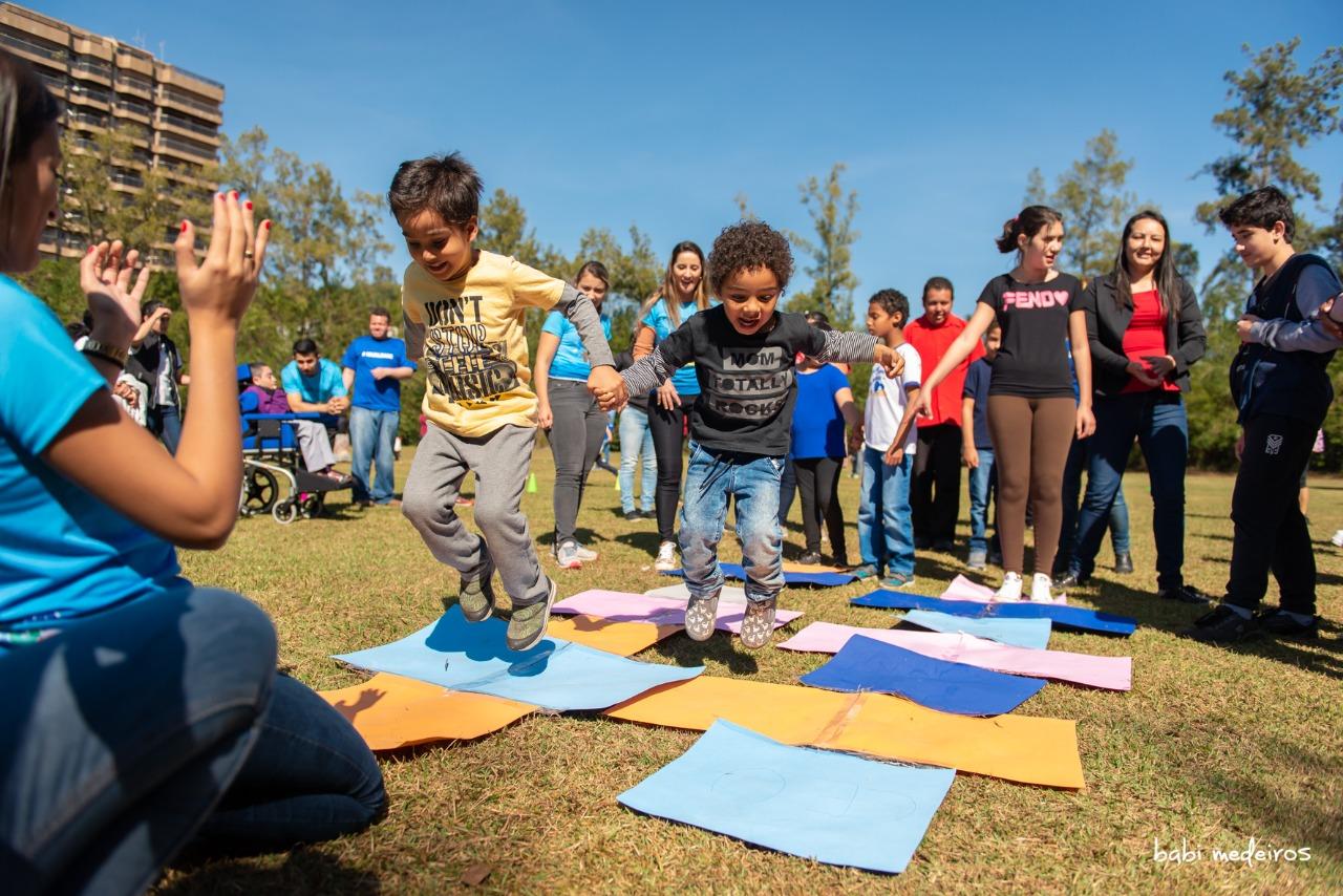 Projeto Parque Azul atende autistas em Goiânia neste sábado - Foto: Babi — Instagram: @babimedeirosfotografias - Canal Autismo / Revista Autismo